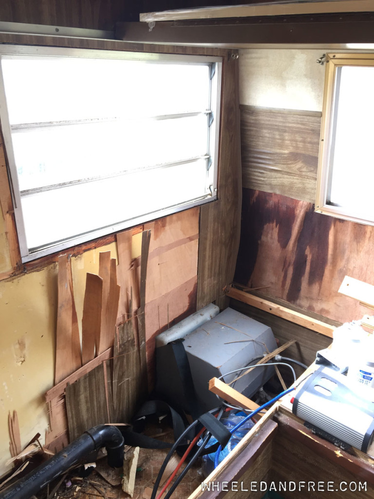 wf-motorhome-water-damage-window